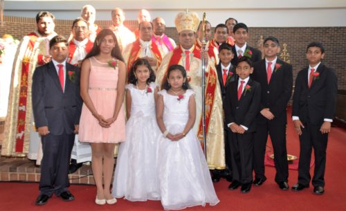 Confirmation recipients with Bishop Mar Joy Alappatt